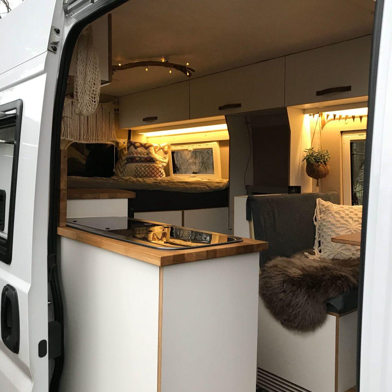vom transporter zum gem tlichen campervan urlaub wohnmobil wohnwagen und campingbus. Black Bedroom Furniture Sets. Home Design Ideas