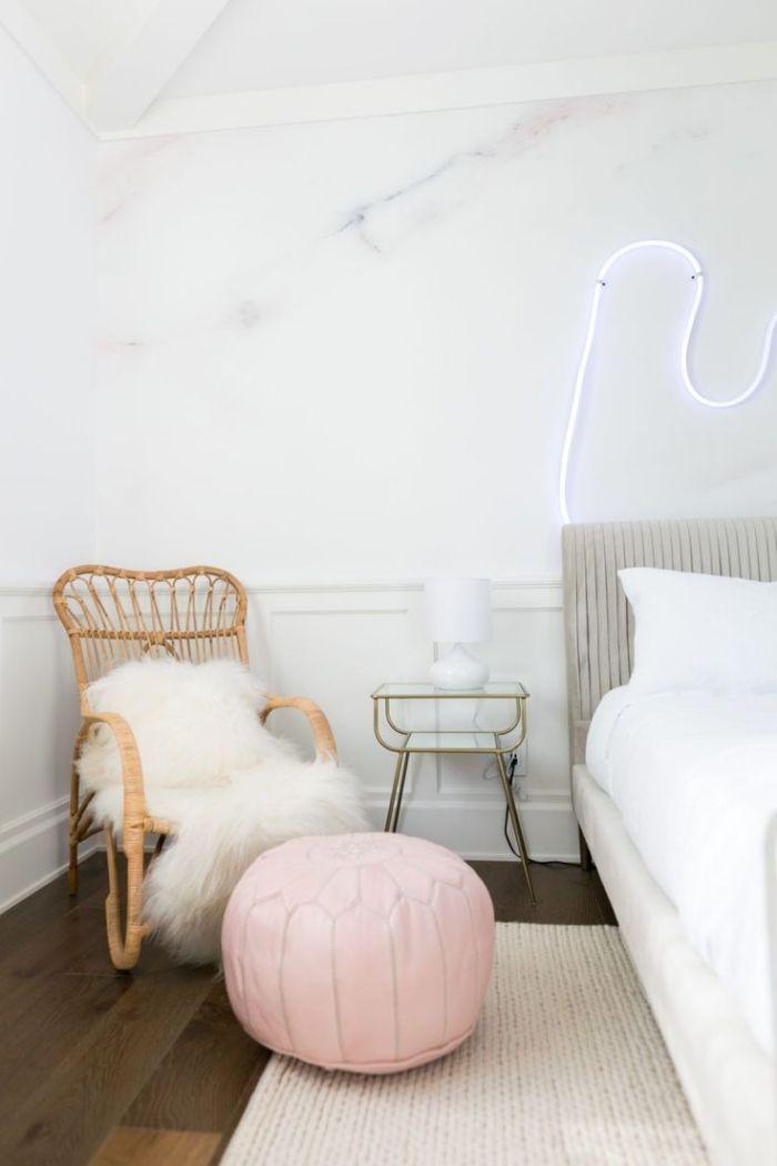 objets décoratifs pour une chambre fille moderne, murs à ...