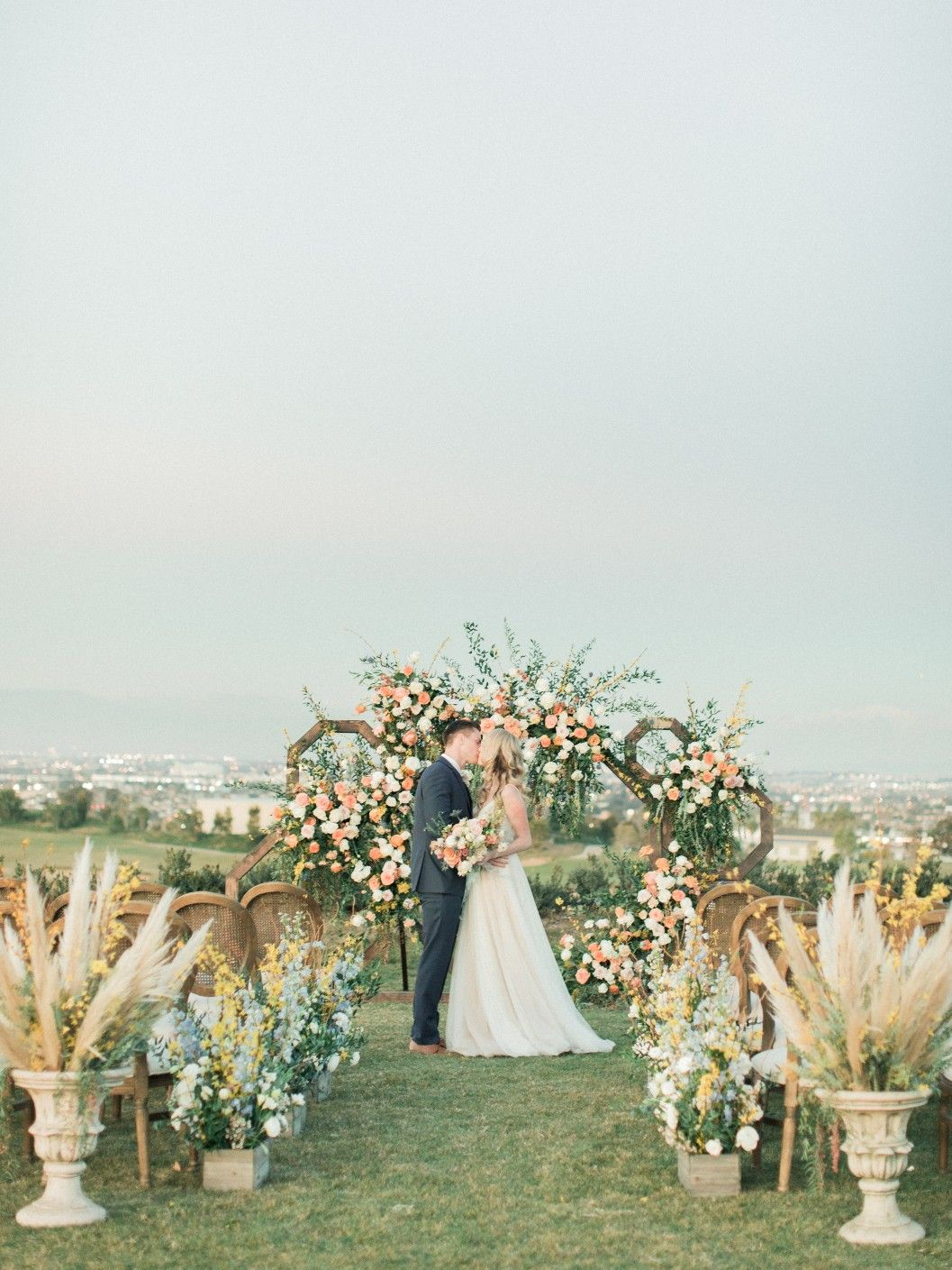 Wedding Inspiration At Rolling Hills Country Club In Palos Verdes Ca With Colorful Floral Design Wedding Event Planning Los Angeles San Diego Wedding Planning