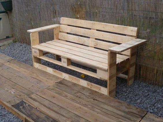 banc fabriqu avec des palettes de bois bricolage. Black Bedroom Furniture Sets. Home Design Ideas