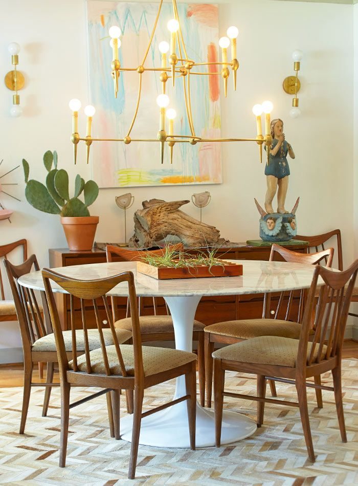 A Study In The Versatility Of Brass Lighting No Matter The Style Simple Formal Dining Room Sets Dallas Tx Inspiration Design