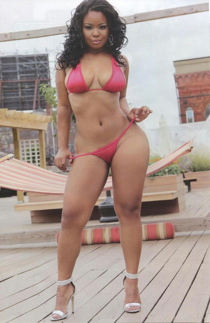 real thick ebonys nude