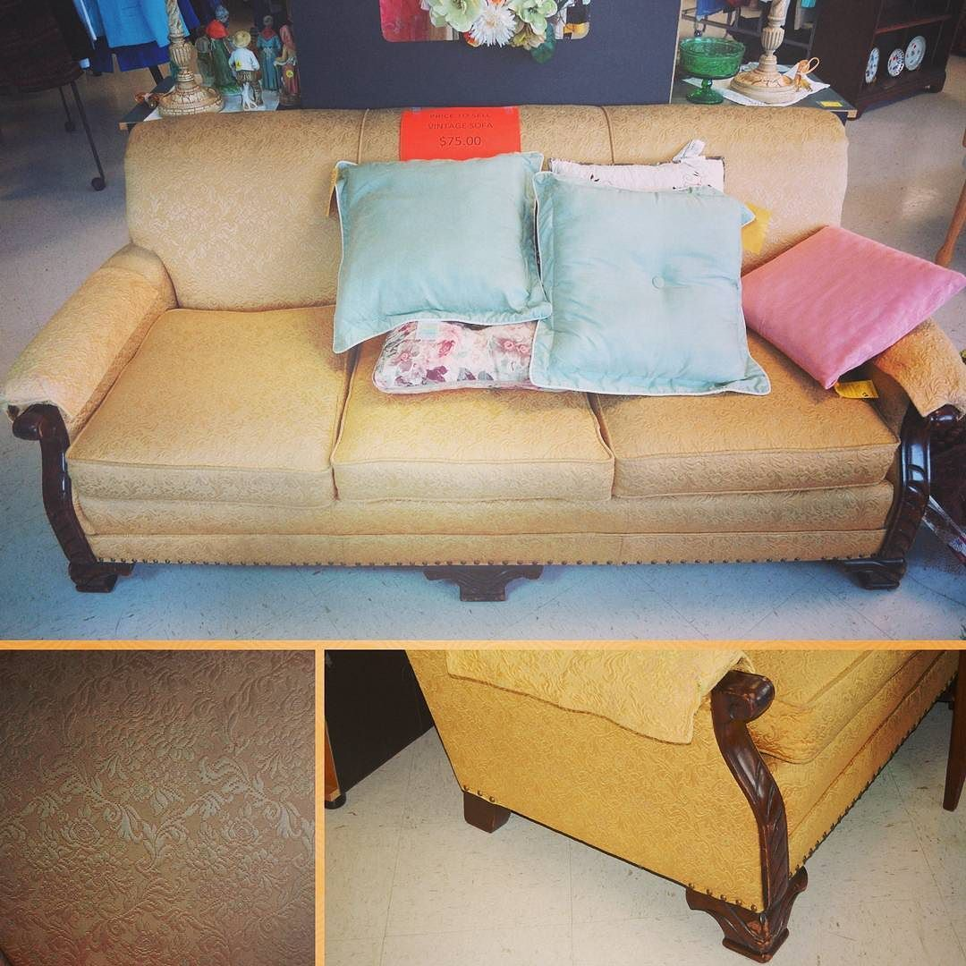 This Fabulous #sofa Is Only $75! #buylocal #shoplocal #thriftstore  #thriftshop