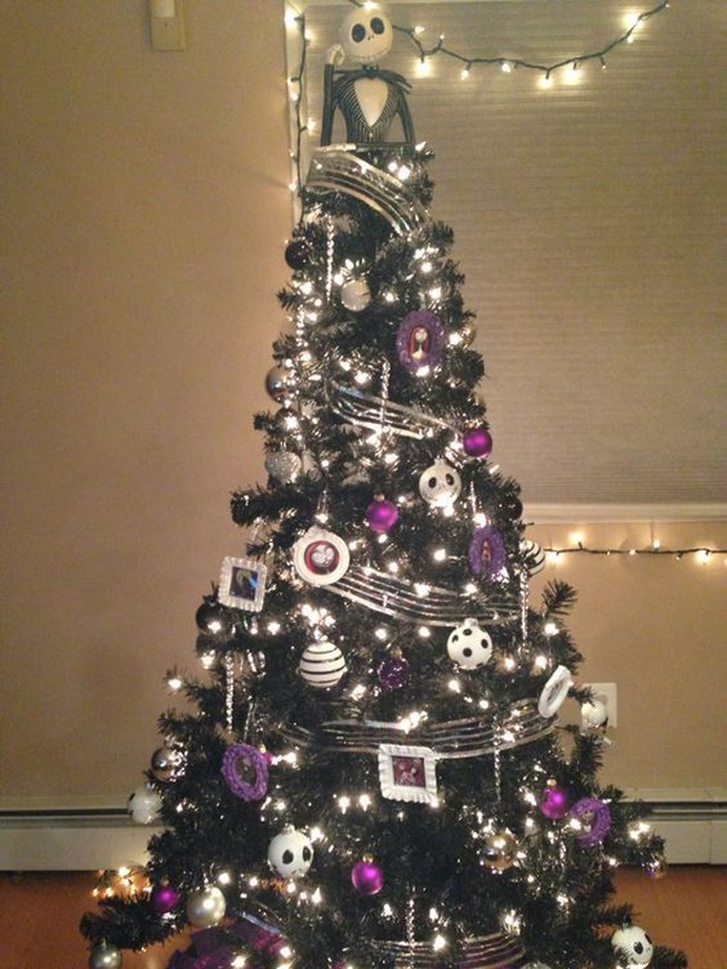 Amazing Halloween Christmas Tree Ideas You Must Have #blackchristmastreeideas Amazing Halloween Christmas Tree Ideas You Must Have #blackchristmastreeideas