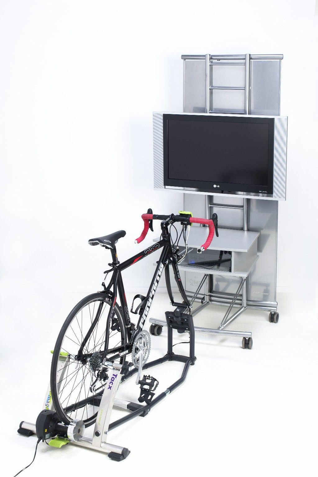 Virtual Cycling simulator with 3 modes of use: virtual