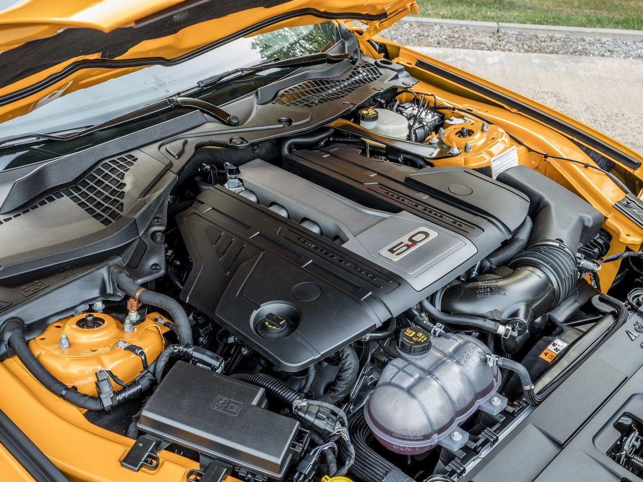 Résultat de l'image pour moteur ford mustang 2018