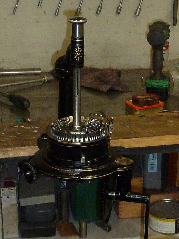 Tuttle For Sale Circular Sock Machine Knitting Machines For