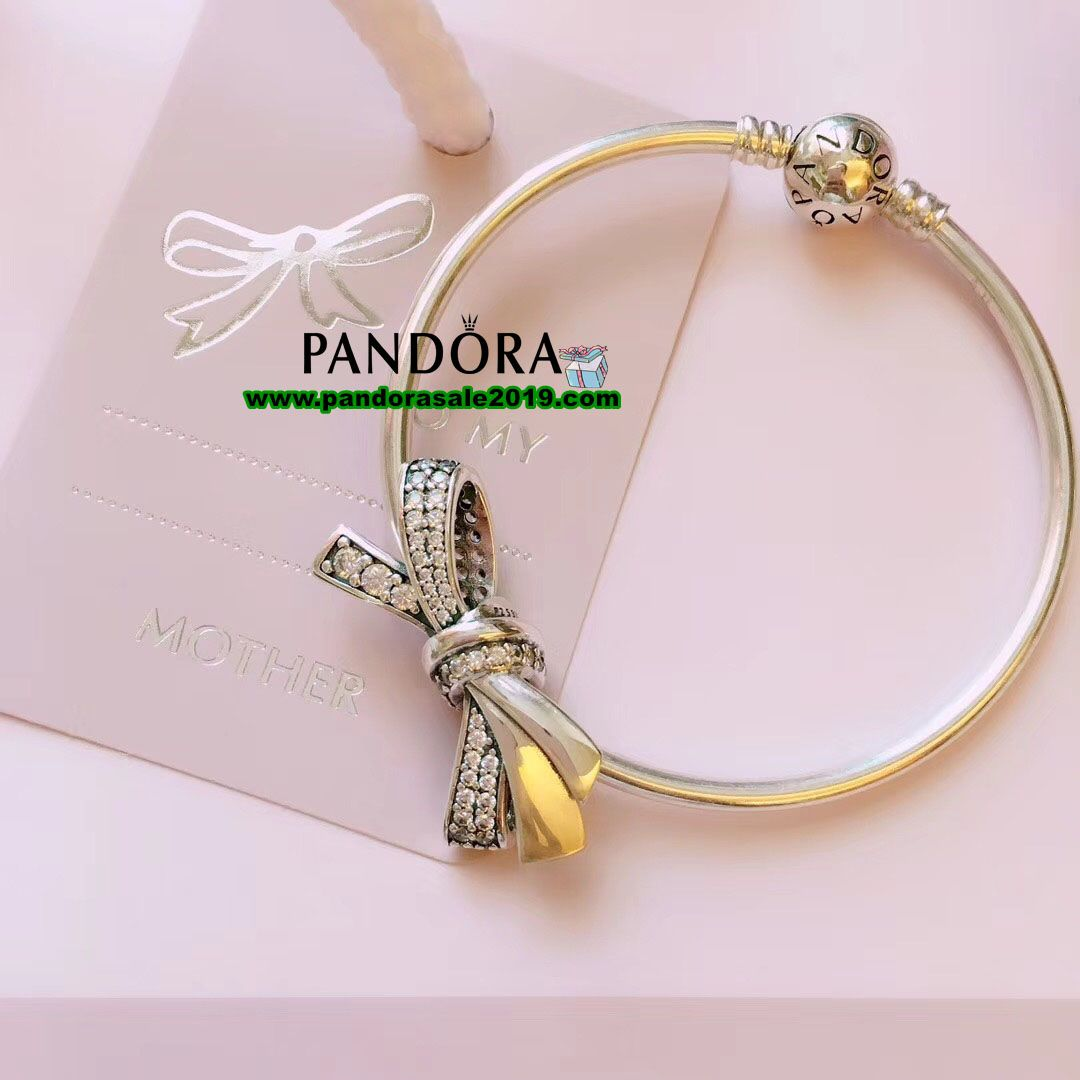 62c1fa5d7 Pandora Sale 2019 - Women's Jewelry Clearance#pandorasale2019#Shop Pandora  Brilliant Bow Bangle Gift Set