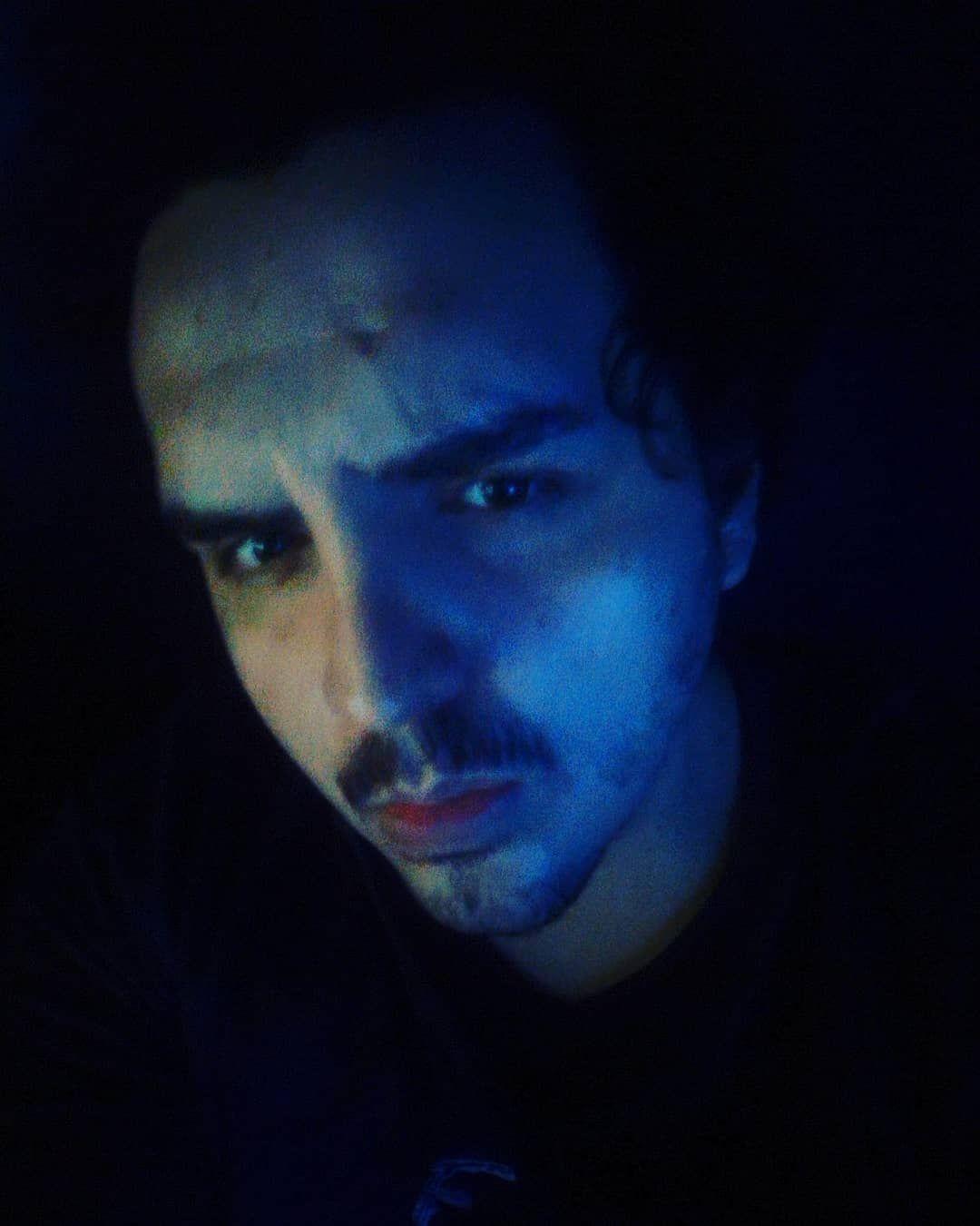 Blue on Black . . . . . . . #selfie #dehoje #grateful #me #eu #yo #instagood #picoftheday #model #mo...