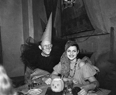 1930u0027s Halloween pictures | Pirates gypsies and masquerade costumes were very popular.  sc 1 st  Pinterest & 1930u0027s Halloween pictures | Pirates gypsies and masquerade ...