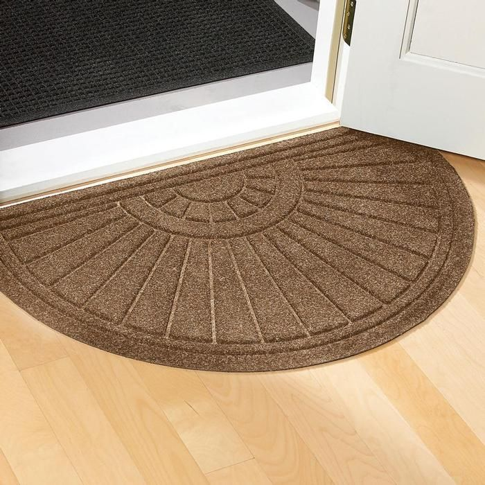 5 Tips On Choosing The Suitable Front Door Mat Or Rug | Front door ...