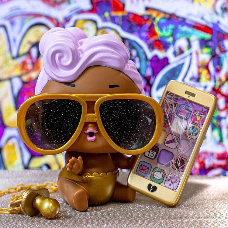 L.O.L Ooh La La Baby Surprise Lil Kitty Queen with Purse /& Makeup Sur Surprise