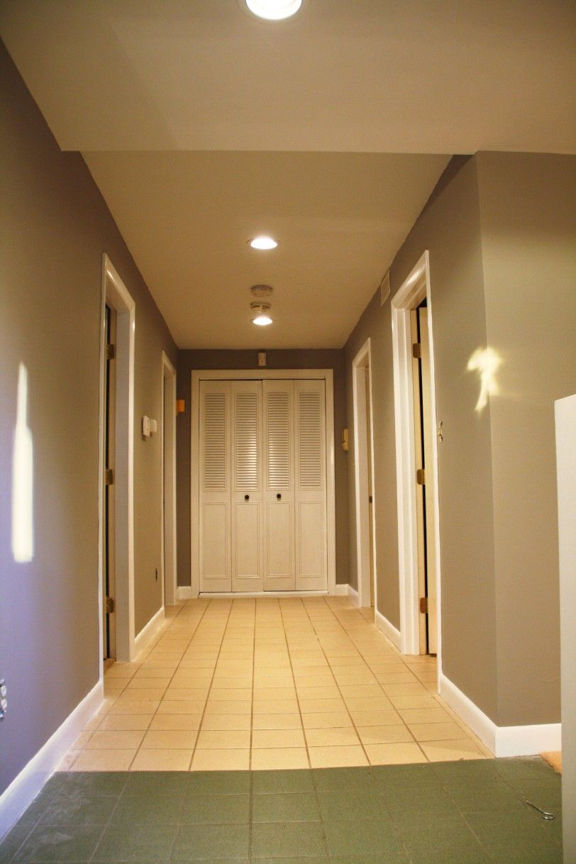 Hallways ideas in home design ideas for small spaces with - Small house interior paint ideas ...