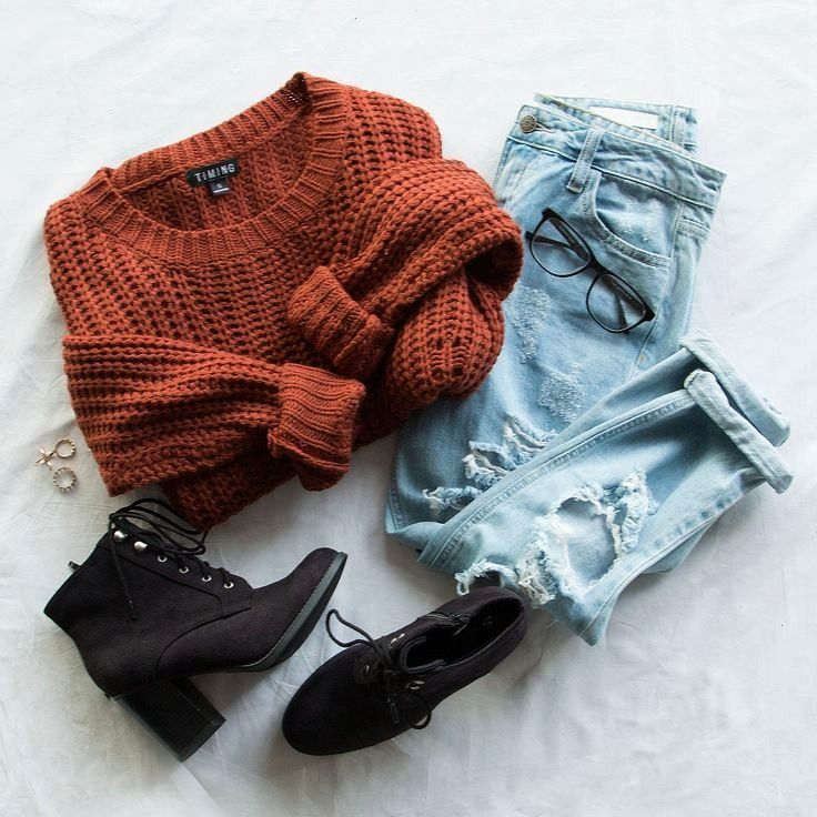 #photooftheday #picoftheday #aufhängen #instagood #beautiful #followme #sweater #kleider #fashion #f...