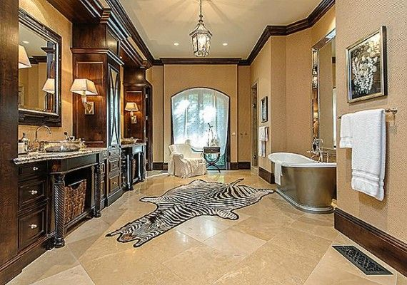 There Are Five Bedrooms In Total Including A Lovely Guest Room Fair Million Dollar Bathroom Designs Decorating Design