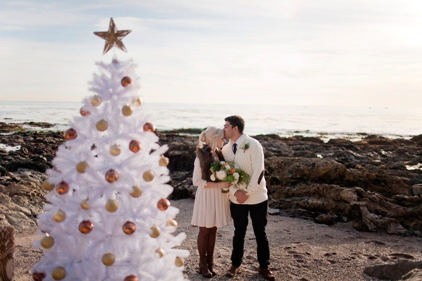 A Holiday Beach Engagement Shoot A Holiday