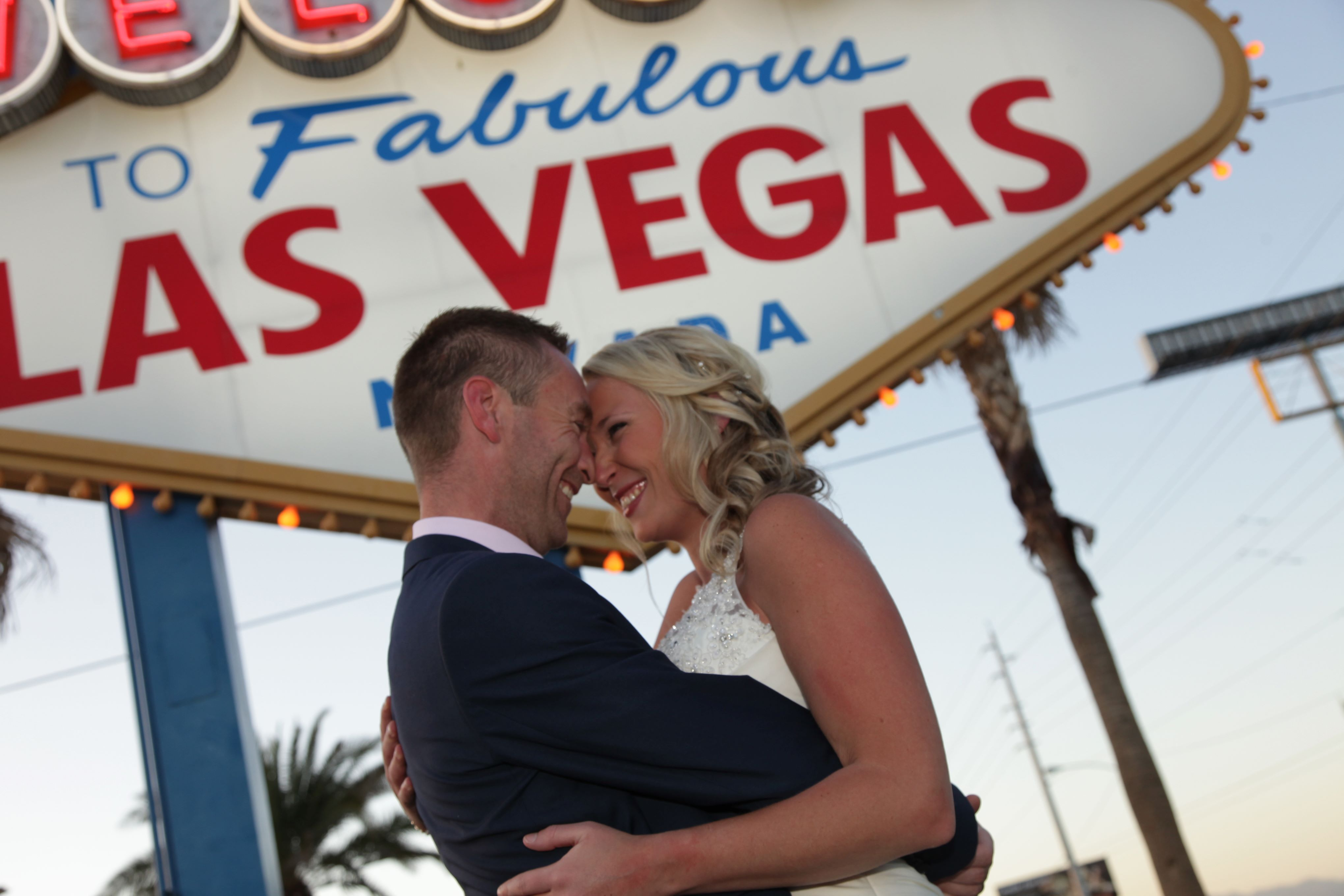 After The Wedding A Quick Stop Off For Ultimate Vegas Picture At