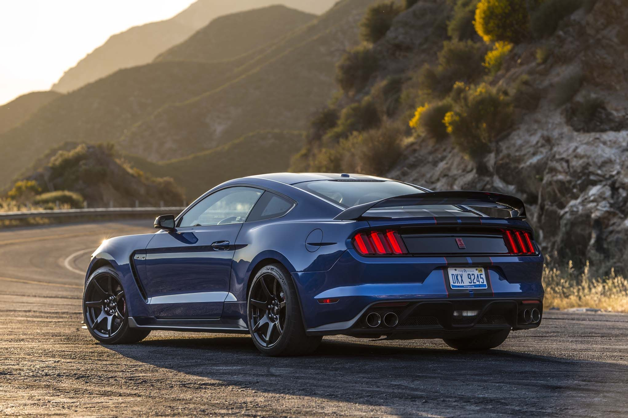 2017 ford mustang shelby gt350r rear three quarters