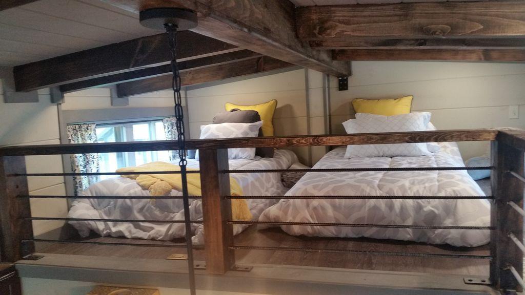 Cozy Tiny Home ... Convenient to Ashevill... - VRBO ...