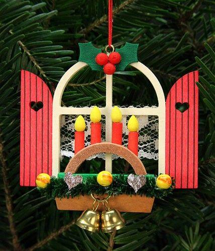 Christian Ulbricht Baumbehang Adventsfenster mit Schwibbogen