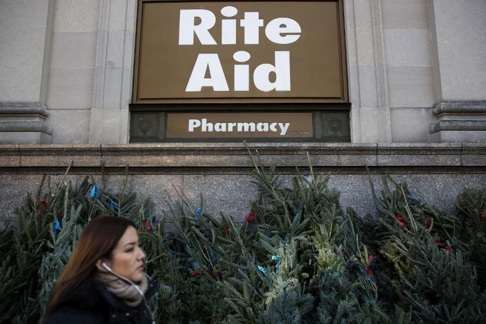 Walgreens Wins FTCu0027s OK To Buy 1,932 Rite Aids For $43 Billion - rite aid pharmacist sample resume