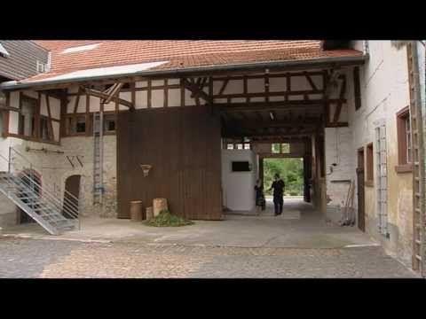 Außergewöhnlich wohnen - hr3 - Wohnen im alten Bahnhof ...