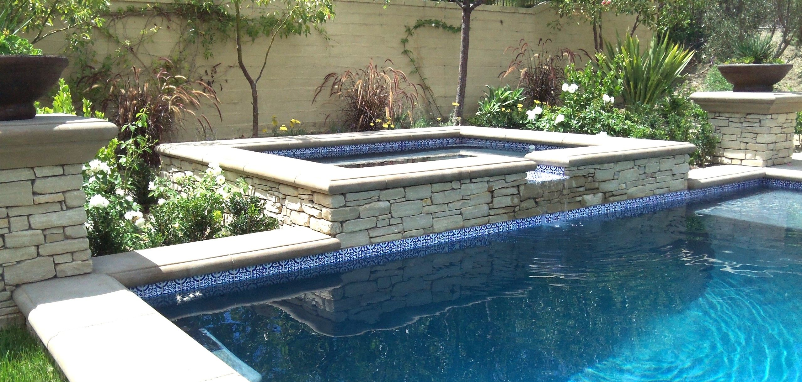 Pool tile designs pool water fountain design ideas small for Pool garden plans