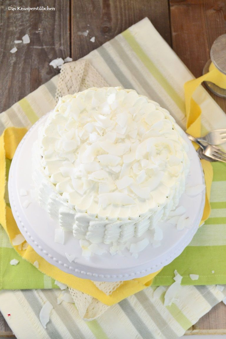 kokos torte dessert mit wei er schokolade torte pinterest das knusperst bchen. Black Bedroom Furniture Sets. Home Design Ideas