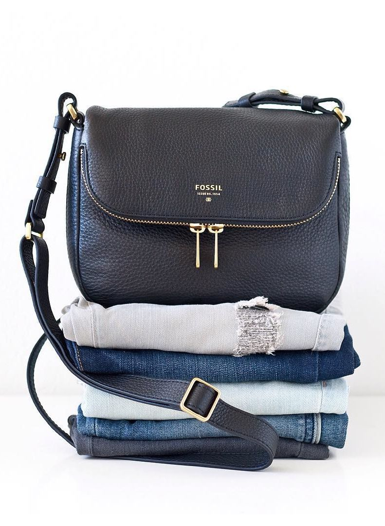 "2b157827e7c62 ""You can never go wrong with denim or this versatile @fossil crossbody bag!  Simple. Functional. Classic. #fossilstyle #fossilpartner"""