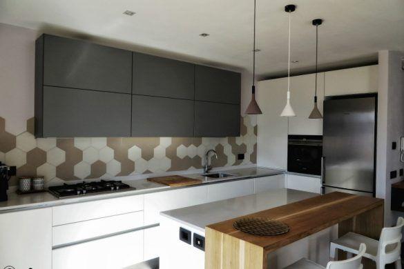 Il progetto completo di soggiorno con cucina a vista. Colori blu e ...