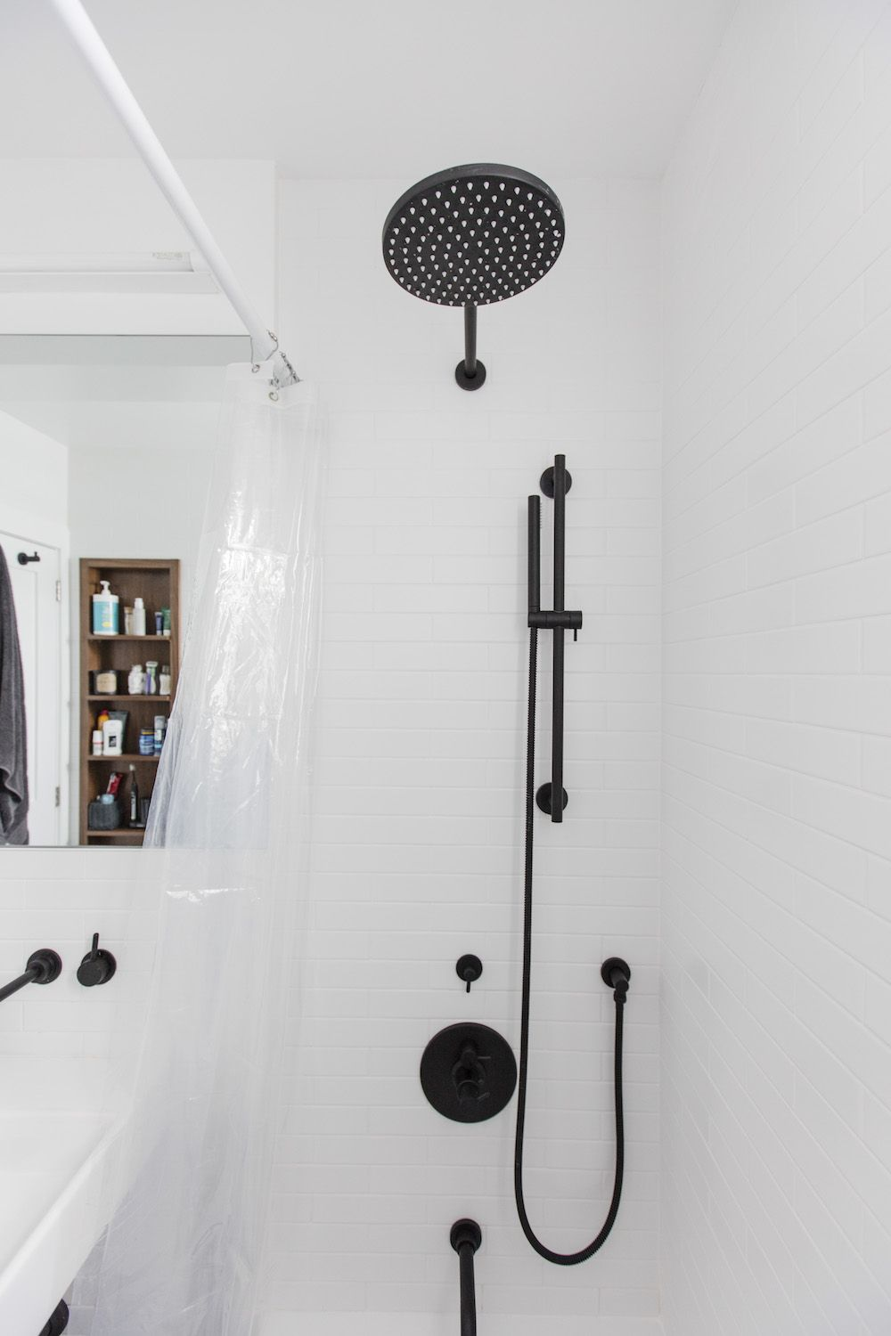 Photo of Before & After: A Sleek, Modern Update to a Tiny Bathroom