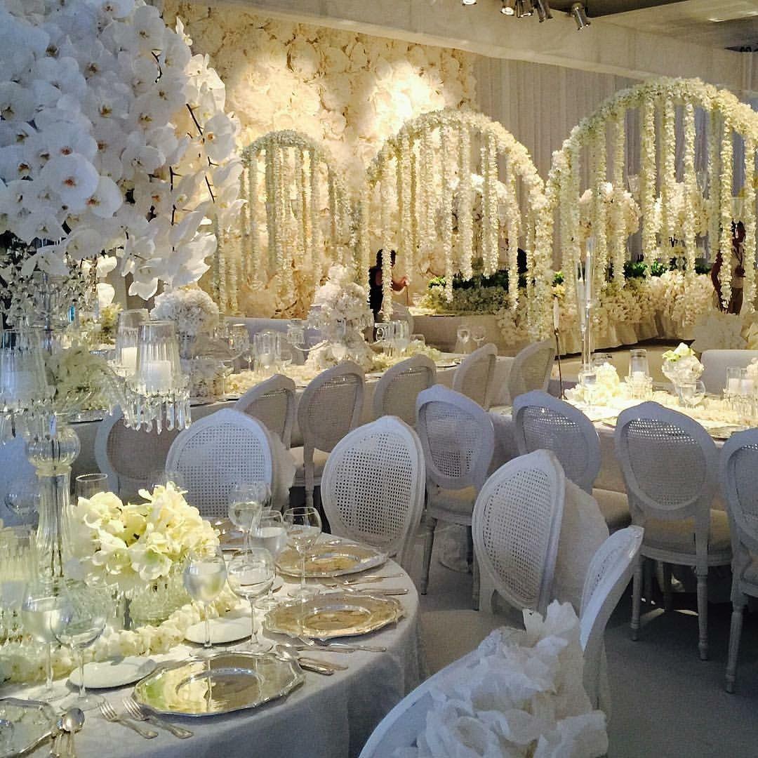 Wedding decor all white  Follow us SIGNATUREBRIDE on Twitter and on FACEBOOK  SIGNATURE