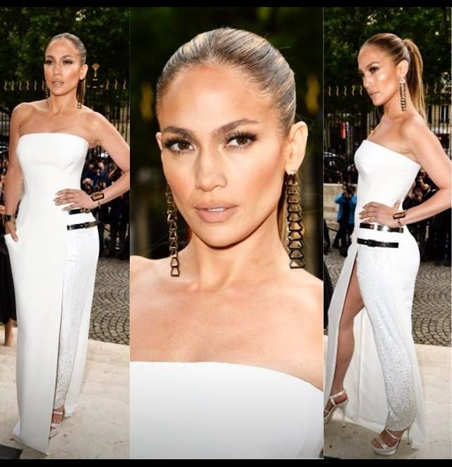 JLo always looks amazing! Love her make up and outfit. When I get to my mid 40s (long time from now...lol), I'd want to look as good as she does!