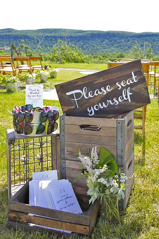 Clever & Funny Wedding Signs For Your Reception Funny