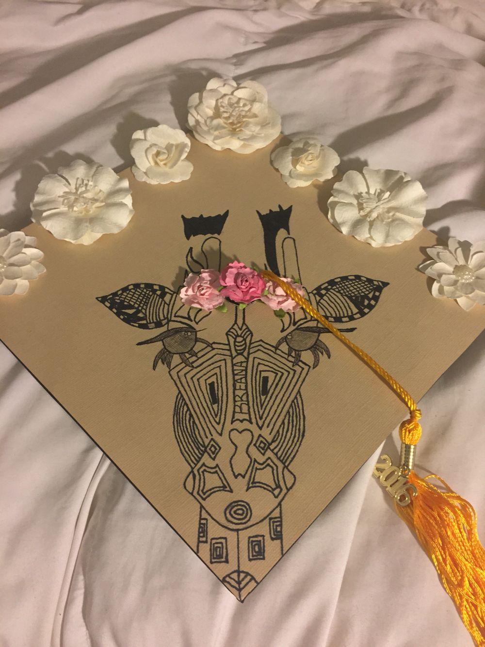 cc6d89ba103ec Graduation cap #giraffe #tribal #flowers | graduation | Graduation ...