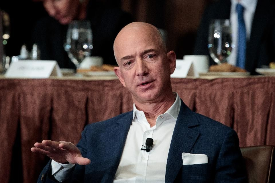 The Battle Between Walmart and Amazon Will Be Epic