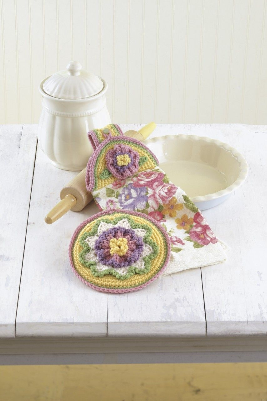 kitchen patterns and designs crochet towel toppers and potholders 5502
