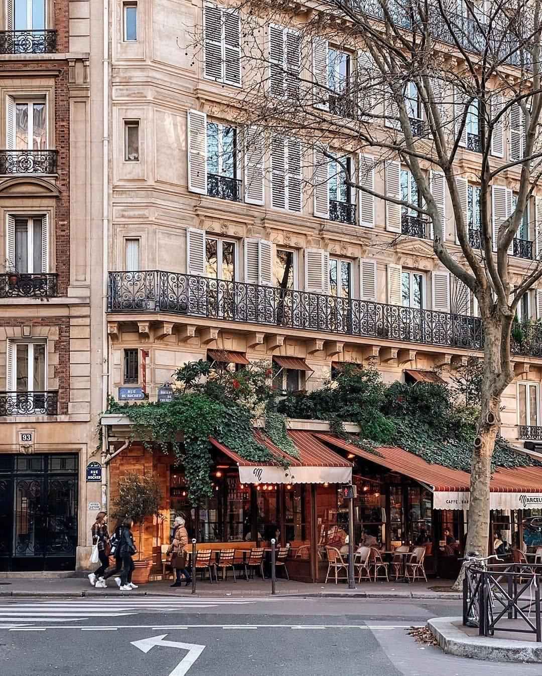"Paris on Instagram ""TOP Paris 📷 par windmilldreams •"