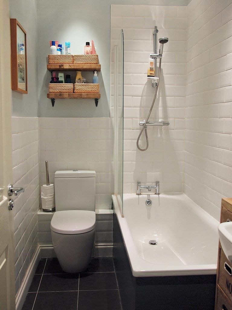 small windowless bathroom ideas