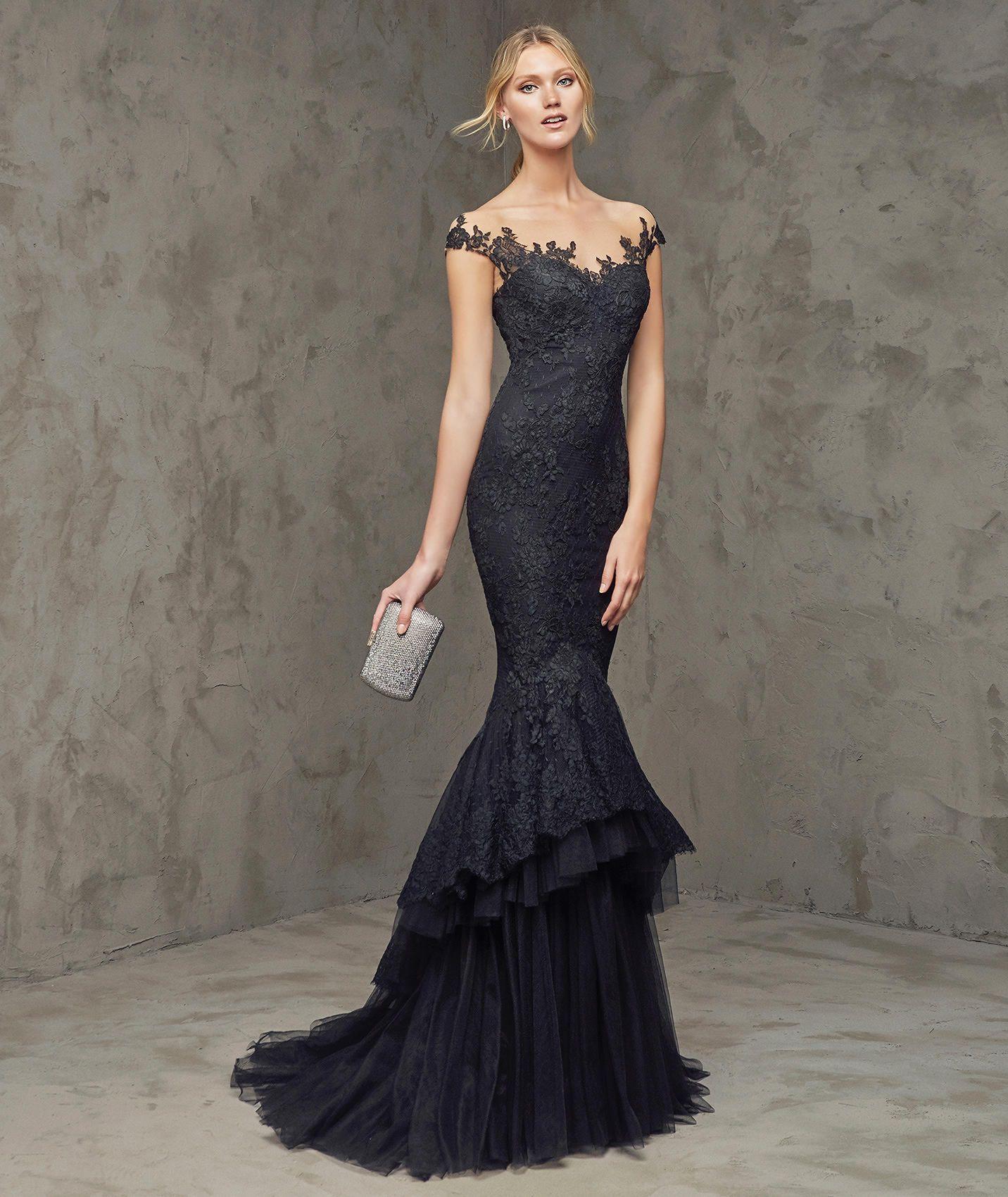 Vestido de festa preto com tule