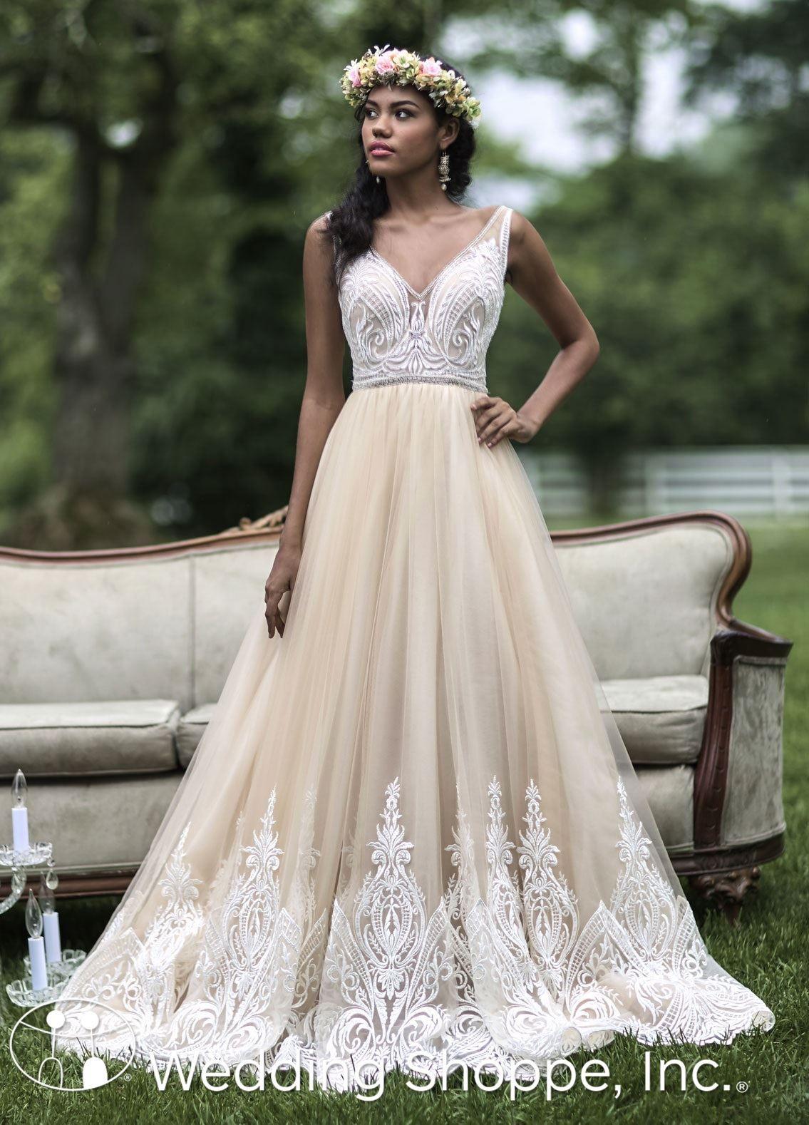 Schön Ashley Brautkleid Fotos - Hochzeit Kleid Stile Ideen ...