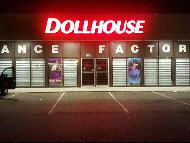 The Dollhouse ❤️❤️
