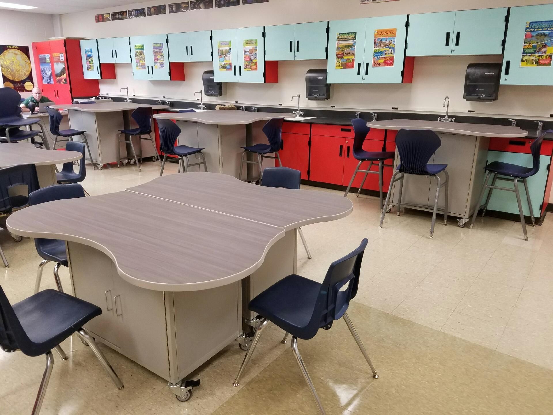 Classroom Lab Design : Create a flexible stem lab design with furniture by