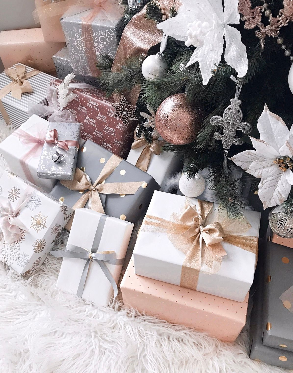 40+ Beautiful Christmas Gift Wrapping Ideas |