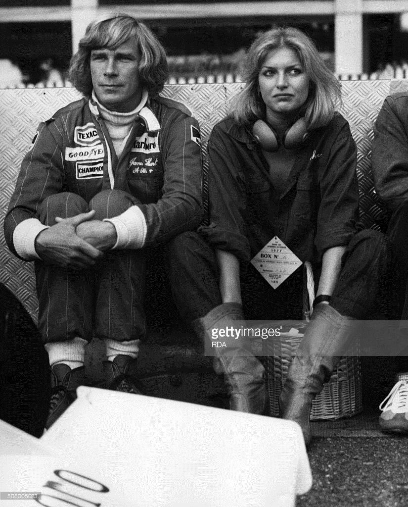 fbebdf6e088 James Hunt and sa petite amie Jane Birbeck au grand prix de Monaco ...