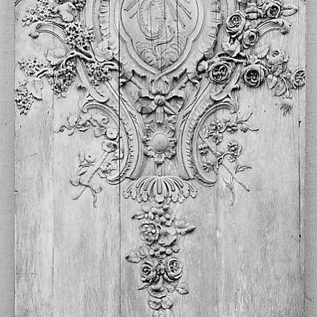 Rooster Wooden Moulding