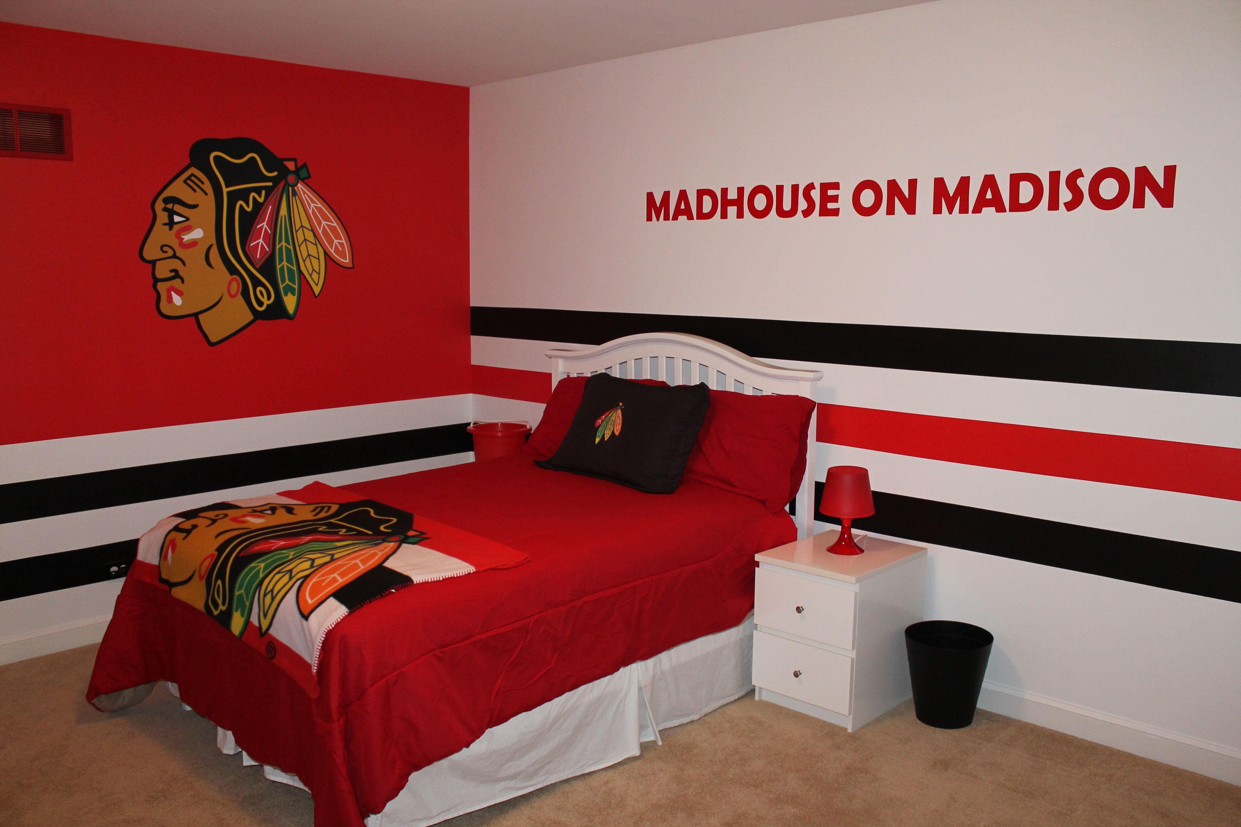 Chicago blackhawks bedroom fathead nhl home for Rooms for kids chicago