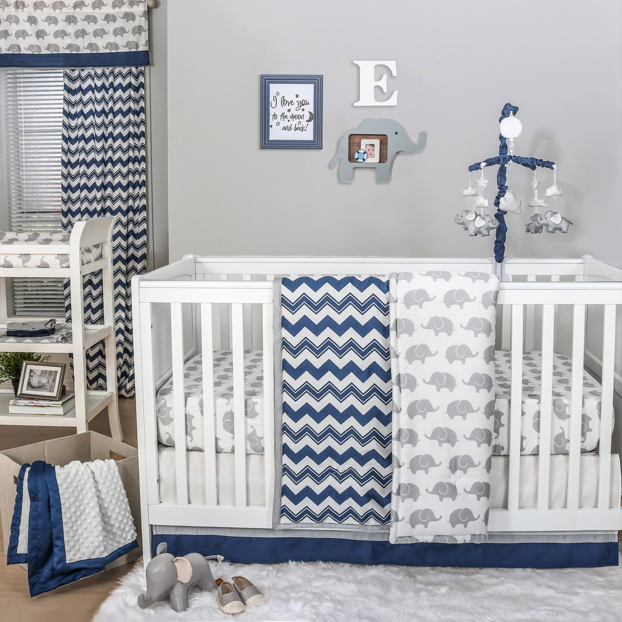 Harriet Bee Rollins 3 Piece Crib Bedding Set: Eli Chevron Crib Starter Set In Navy & Grey