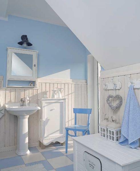 Piękna Jasna łazienka Urządzona W Bieli I Błękicie