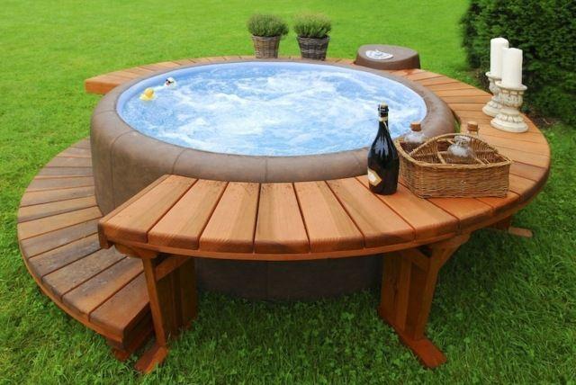 Piscine de jardin en 55 idées fabuleuses | Petite piscine, Jacuzzi ...